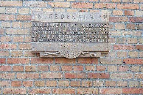 Gedenktafel an der Hallenser Synagoge